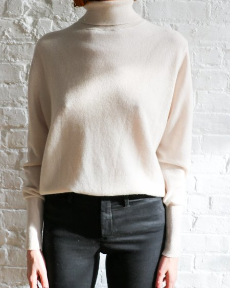 [Pre-loved] Nili Lotan Turtleneck Sweater