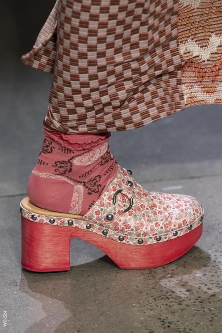 Anna Sui Jelena Clog - Rosebud Leather