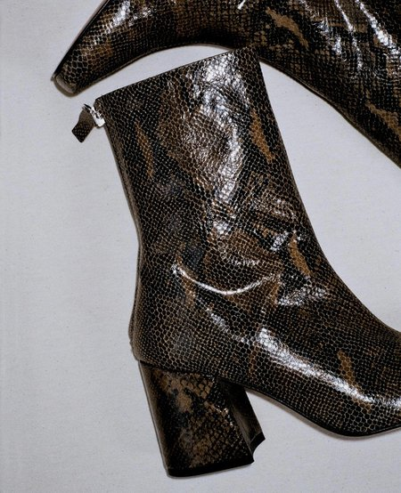 About Arianne Nico Boots - Green Mamba