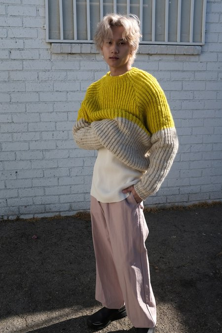 Man-tle Z1 Hand Knit Sweater - Unbleached/Yellow