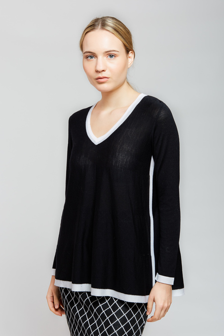 ADAM MAR Open at the neck blouse - Black
