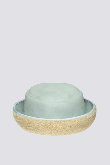 Clyde Curl Reversible Shearling Bucket Hat - Cream