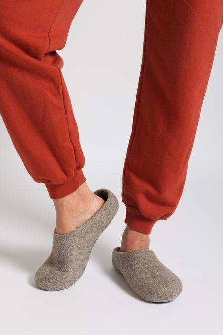 Kyrgies Wool Felt Slippers - Oatmeal