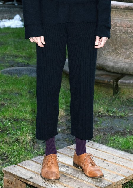 Baserange Maru Merinos Wool Rib Pants