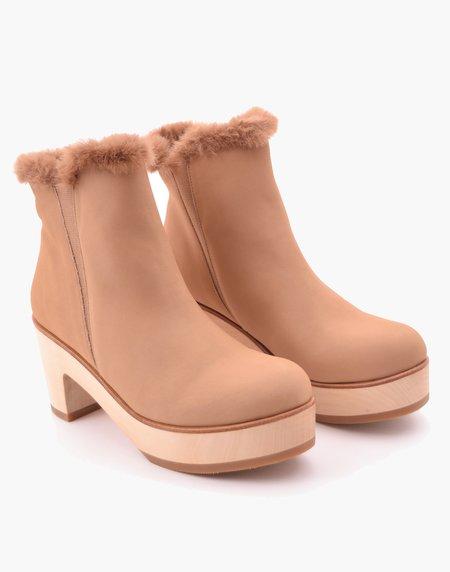 AoverA Parker Alpine Clog Boot - Bone