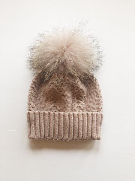 Equation Olivia Hat with pom - pink