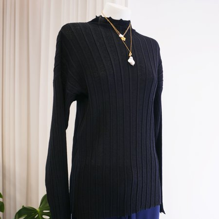 Rus Noto Fine Ribbed Knit Sweater - Ink