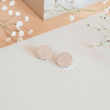 The CANO Shoe Alejandra Hammered Earrings - Silver