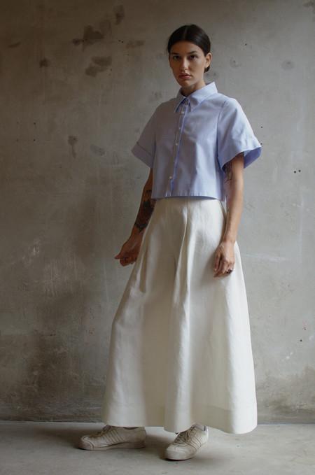 UNIFORME Hewett Cuffed Sleeve Crop Shirt (Azure Blue)