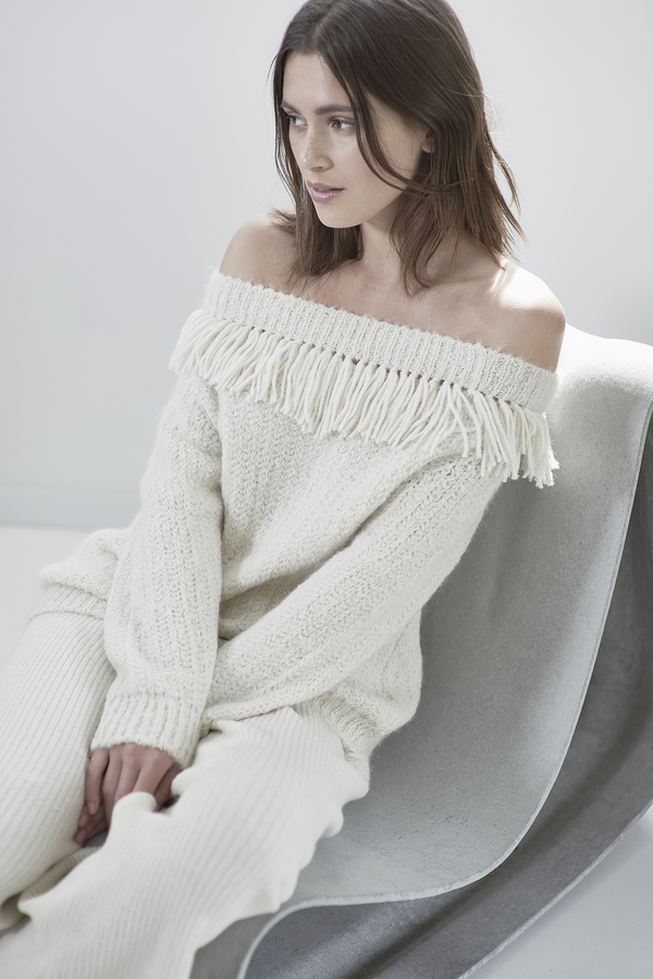 ELEVEN SIX BAILEY SWEATER