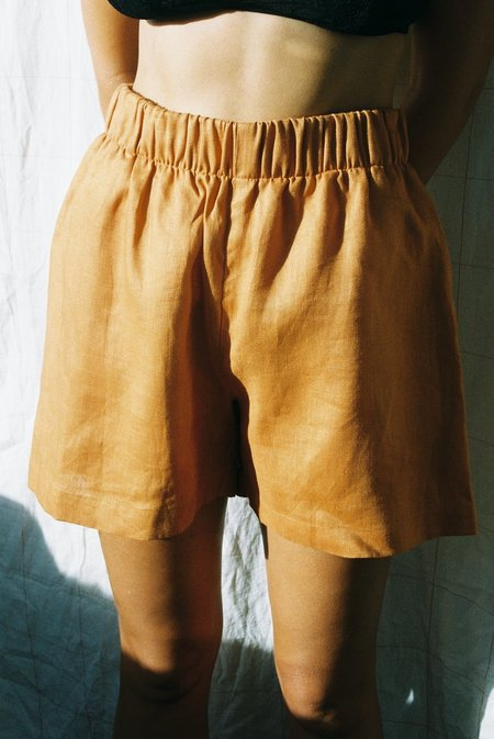 Mimi Holvast Scrunchie Shorts - Orange