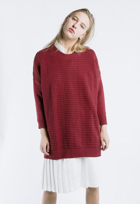 Thinking MU Square Knit Sweater - Tibetan Red
