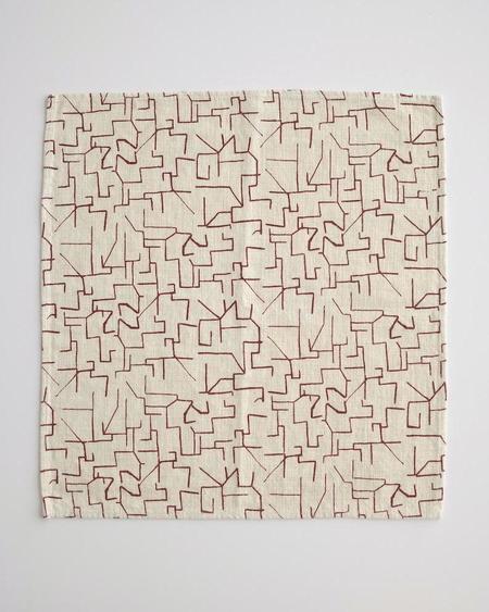 Jenny Pennywood Everyday Napkins - Maze In Maroon