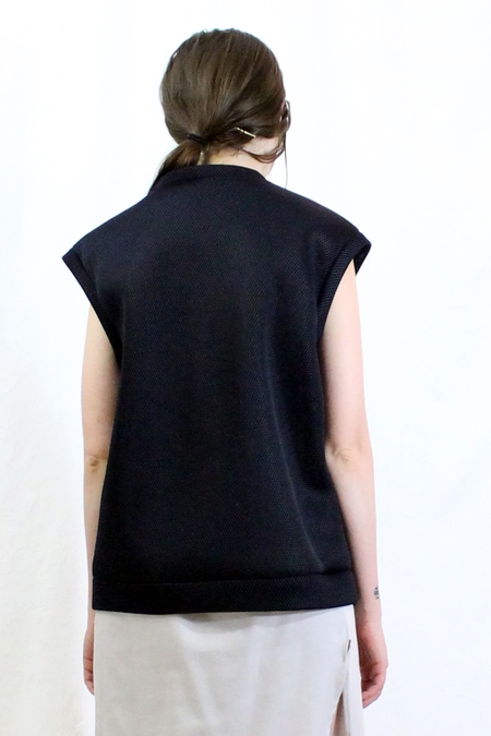 House of 950 Short Sweat Vest - black