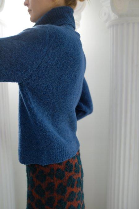 Beklina ASMR Turtleneck Sweater - Ocean