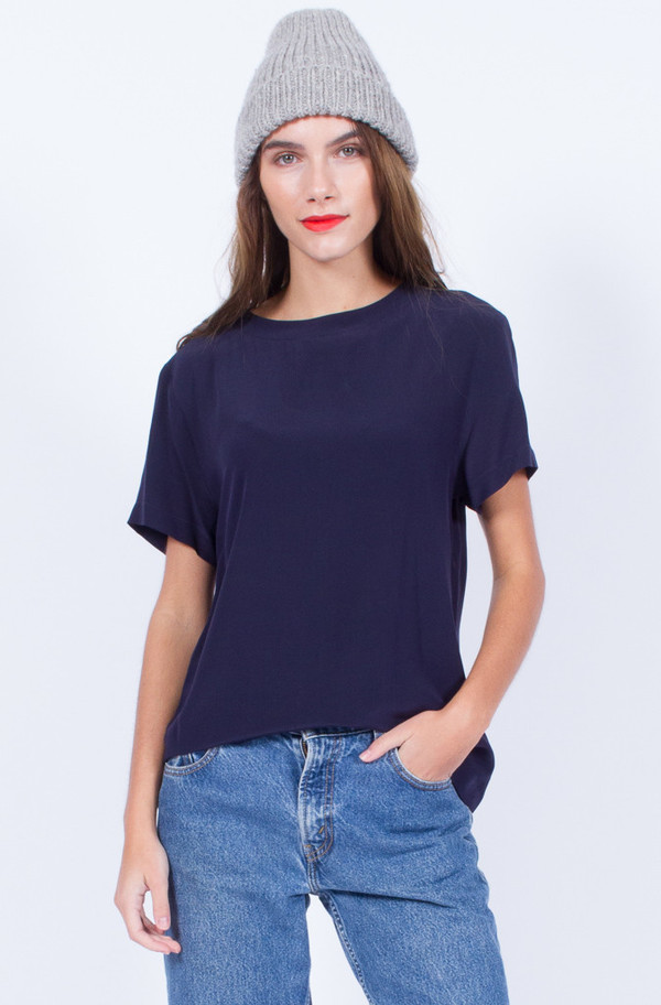 NAVY SILK TOP (SMALL-MEDIUM)