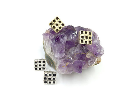 Knuckle Kiss Nine Square Studs