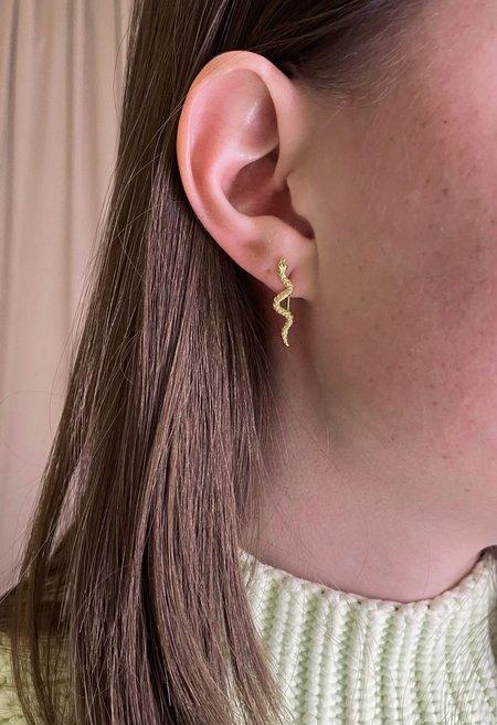 Nicole Kwon Concept Store Dainty Snake Earrings