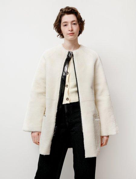 Y's by Yohji Yamamoto Reversible Enamel Shearling Coat - bLACK