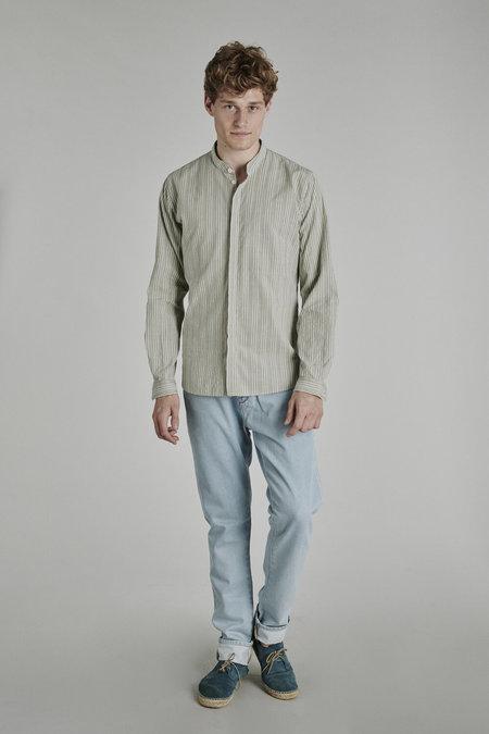 Delikatessen Zen Grandad Italian Cotton Collar Shirt - Vintage Green/Creamy Striped