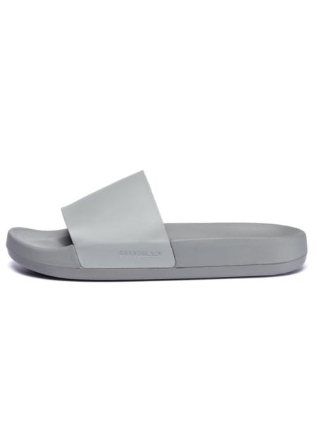 Brandblack Women's Kashiba-Lux Slide - grey