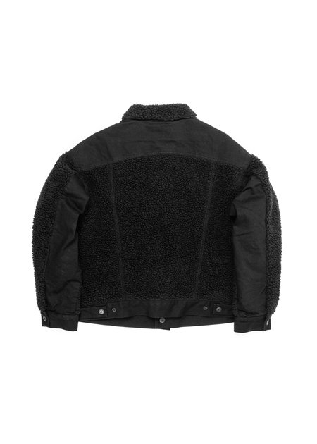 LEVIS MADE AND CRAFTED MENS OVERSIZED SHERPA TRUCKER JACKET