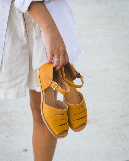 Naguisa Ria sandal - Mustard