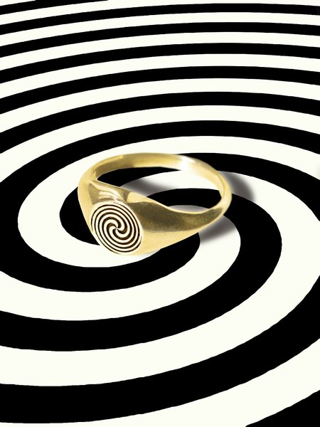 Gilbert Hypnosis Ring - 14k Gold plated