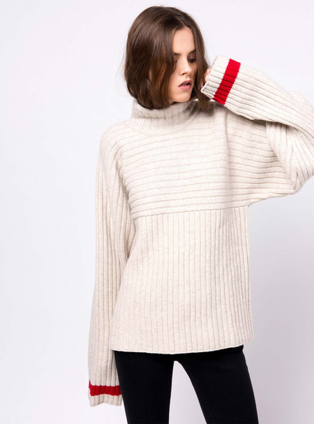 Series Noir Gabrielle Sweater