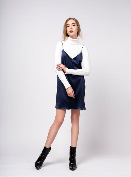 Series Noir Yulia Dress