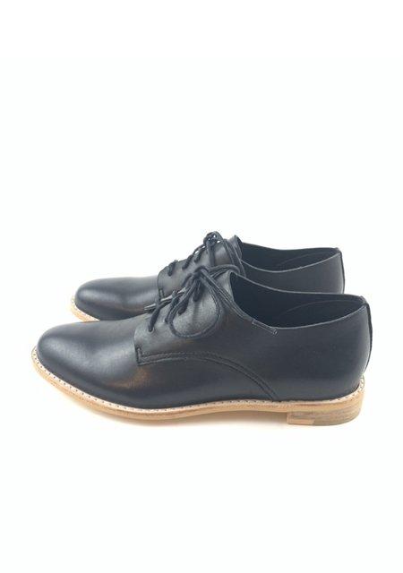 All Black Sleek Ox loafer - Black