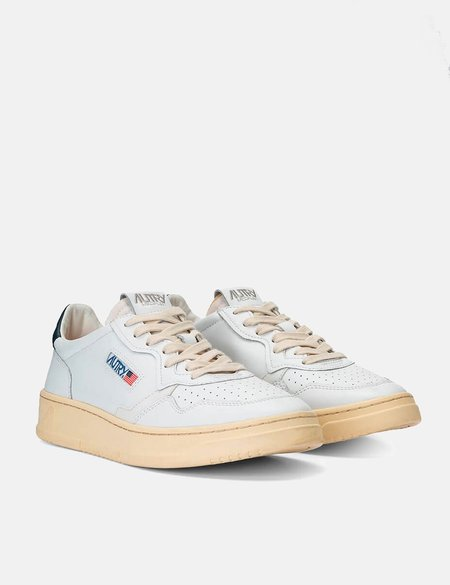 Autry Medalist LL12 Trainers Leather SNEAKERS - White