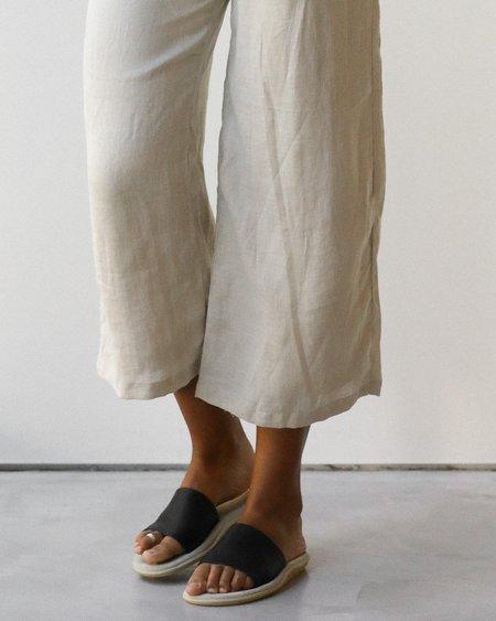 UNISEX at Dawn. Island Slipper Sandals