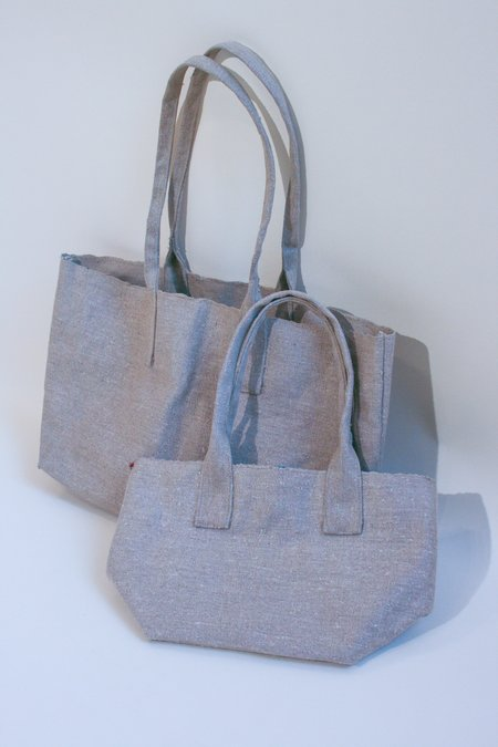 Bunai Hand Woven Natural Quilt-Lined Carryall Large bag - Gray