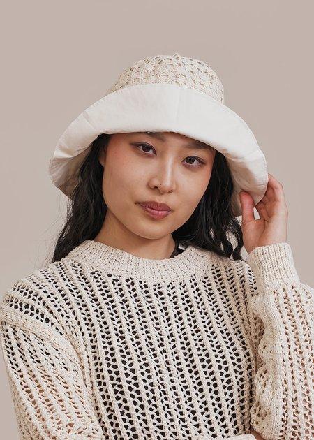 AMOMENTO Lace Bucket Hat - White