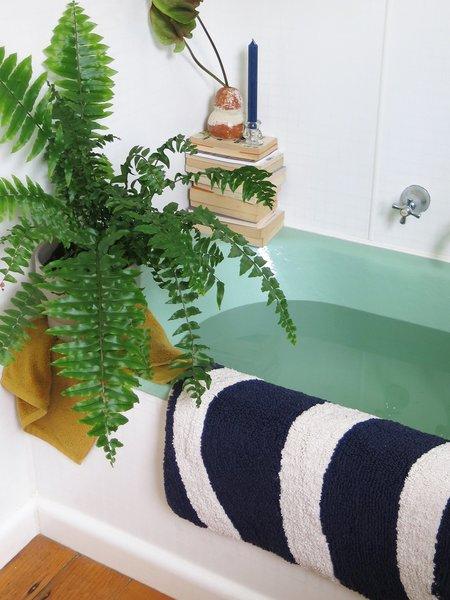 Mosey Me Wave Bath Mat - Navy