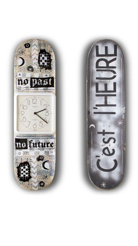 """Huile D'Olive """"No Past, No Future"""" Art Deck"""