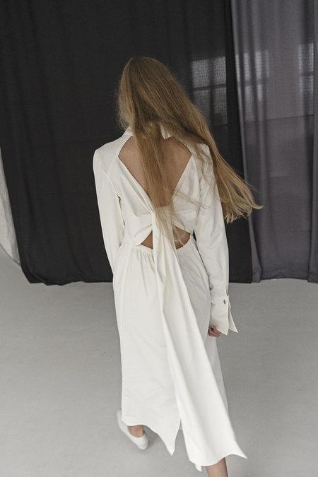 K M by L A N G E WHITE OPEN BACK BIG CUFF DRESS - white