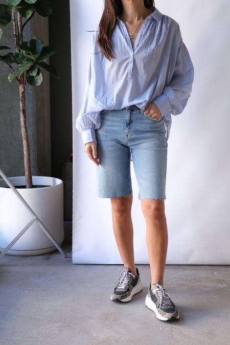 Nili Lotan Boyfriend Bermuda Short - Light Blue Wash