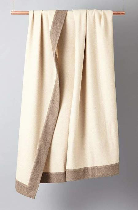 Oyuna Extra Heavyweight Timeless Luxury Cashmere Bedspread - Cream/Melange Taupe
