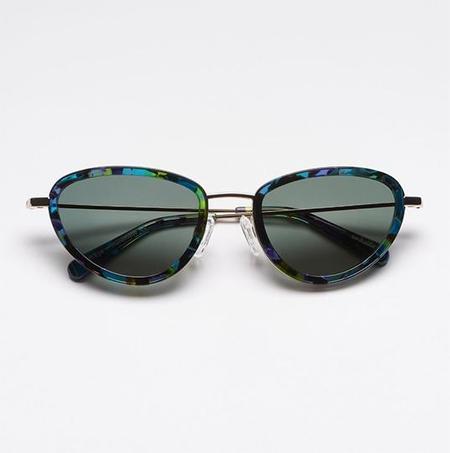Megan Huntz Sun Buddies Left Eye eyewear - Aurora Borealis