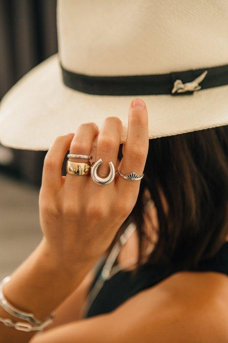 Unisex Sierra Winter Jewelry Renegade Ring - 14K Yellow Gold