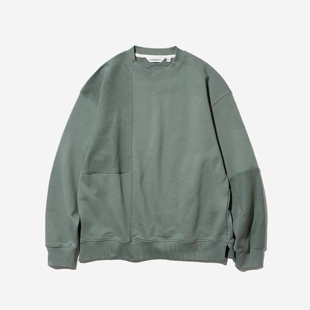 Uniform Bridge Reverse Patchwork Terrycloth Sweatshirt - Pastel Blue