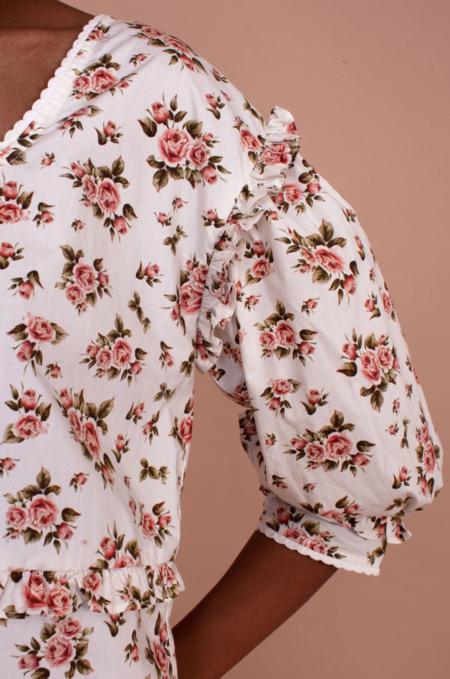 Meadows Daphne Top - Roses
