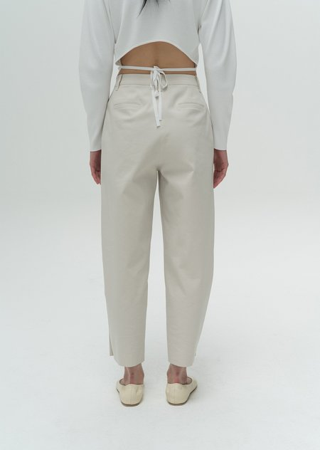 AMOMENTO Button Garconne Pants - Cream