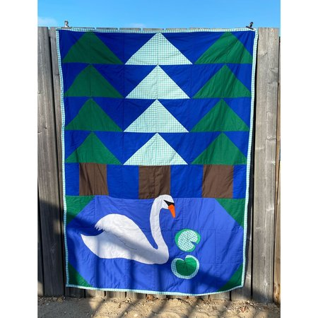 Nothing to See Here Swan Lake Quilt
