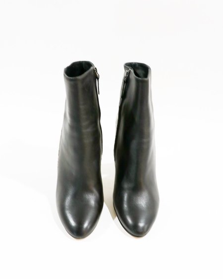 [Pre-loved] Barneys New York Two-Tone Ankle Boots - Black/Beige