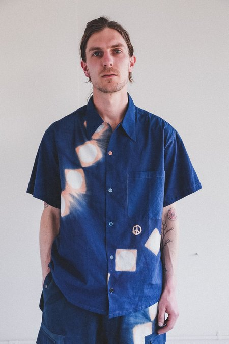STORY mfg. Shore Shirt - Indigo Pink Lunar Clamp Dye