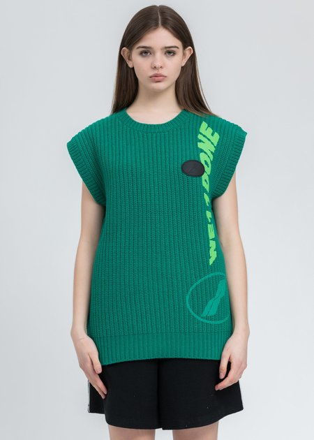 we11done Multi Logo Square Knit Vest - green