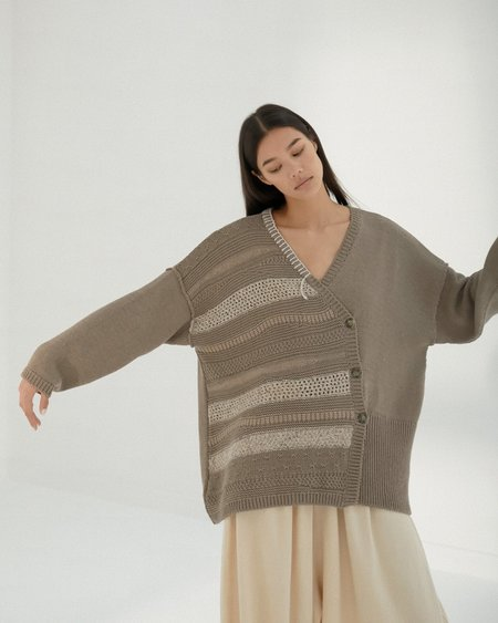 Mónica Cordera Patched Cardigan - Taupe